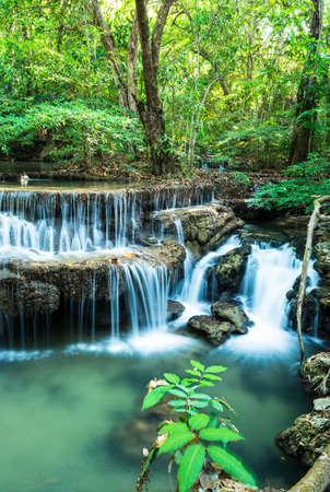 Waterfall in Deep forest at Huay Mae Ka Min National Park, Kanchanaburi province, Thailand Banco de Imagens
