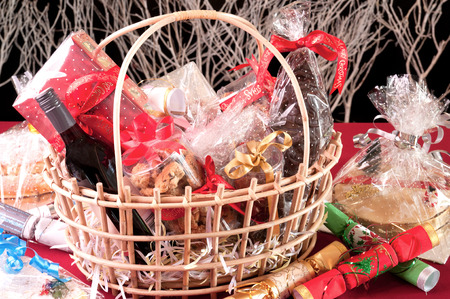 christmas drink: Christmas hamper basket close-up Stock Photo