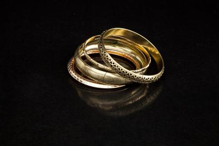 Arm banden van goud