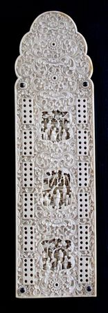 Photo of an ivory vintage cribbage game