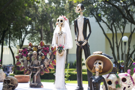 The day of the dead is a mexican celebration that honors the ancestors during the November 2, coinciding with the catholic celebration of the day of the faithful departed. Stok Fotoğraf