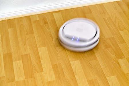 평면에서 바닥 청소 청소 로봇