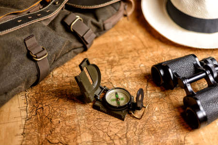 old expedition map with compass and binoculars Reklamní fotografie - 93787902