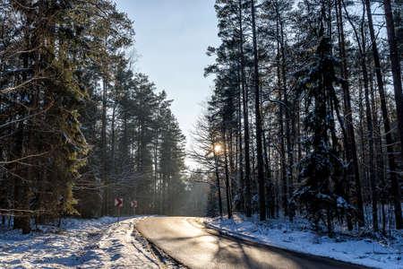 snowy landscape in winter in Masuria in eastern Poland Banco de Imagens - 117204229