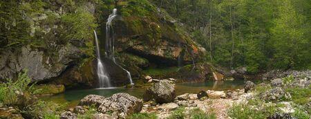 ボヴェツ スロベニア近く Virje 滝。