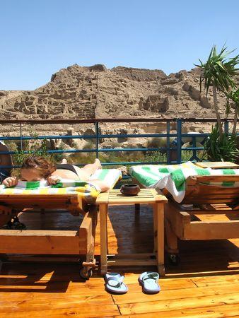 sunbath: Sunbath on the deckchair