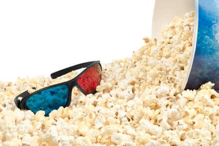 stereoscopic: popcorn and glasses