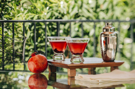 martini splash: Pomegranate martinis served in an outdoor setting