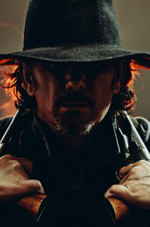 suspender: Gunslinger in the shadows