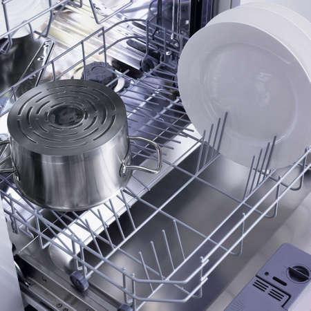 lavare piatti: lavastoviglie Archivio Fotografico