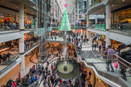 TORONTO - DECEMBER 26: Shoppers visit the mall in Toronto, Canada on the Boxing Day, December 26, 2013. Editorial