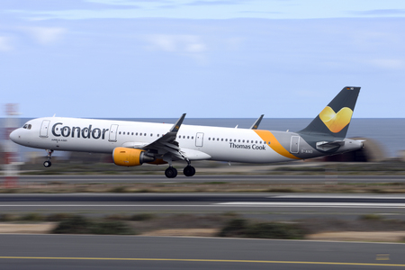 Las Palmas November 7, Airbus A321-211, Condor, about to land. November 7, 2018, Las Palmas, (Canary Islands) Spain.