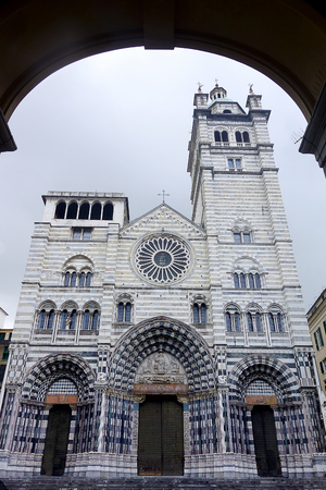 lawrence: St. Lawrence Cathedral in Genoa Italy