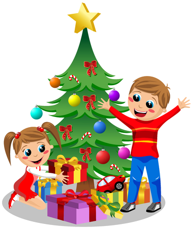 Happy Kids opening kerstcadeaus naast de kerstboom geïsoleerde
