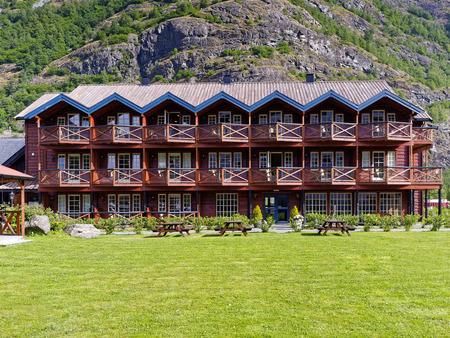 hospedaje: Vista de edificio de madera en Flam Noruega