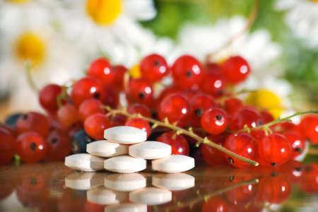 tabletas de vitamina  Foto de archivo