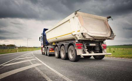 truck on asphalt road Banco de Imagens