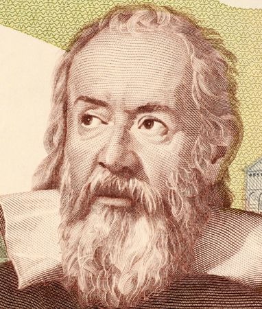 unc: Galileo on 2000 Lire 1983 banknote from Italy. Italian physicist, astronomer, mathematician and philosopher that played a major role in the scientific revolution.