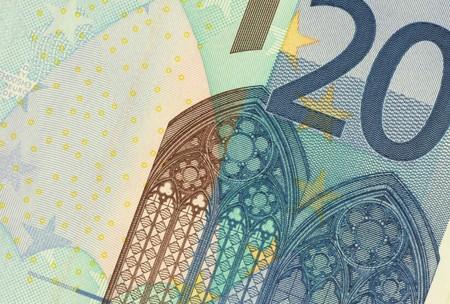 Uncirculated twenty euro banknote close up photo