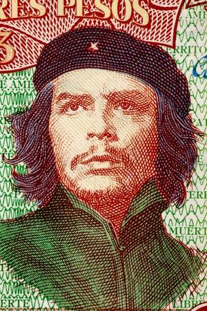 ser humano: Ernesto Che Guevara 1928-1967 en 3 Pesos 1995 Billetes de Cuba Una inspiraci�n para todo ser humano que ama la libertad Editorial