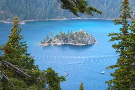 south lake tahoe: Emerland Bay of Lake Tahoe