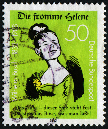 stempeln: GERMANY - CIRCA 1982: A stamp printed in Germany issued for the 150th Birth anniversary of writer and illustrator Wilhelm Busch shows Good Helene, circa 1982.