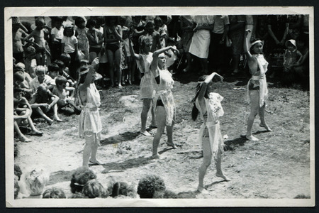 USSR - CIRCA 1970s: An antique photo show Pioneer camp. Neptune Day 新聞圖片