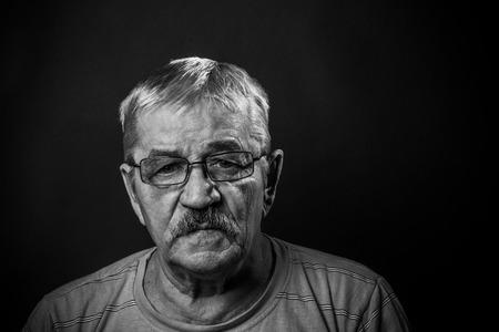 Portrait of Old Man in glasses 版權商用圖片