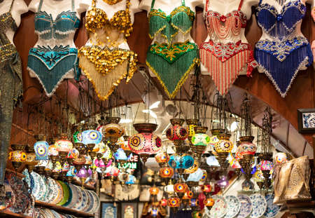 Lambs belonging to the patterns of colorful Turkish culture inside. Includes porcelain plates and belly dancer dress. Also available this shop sells many kinds of products in Turkey.
