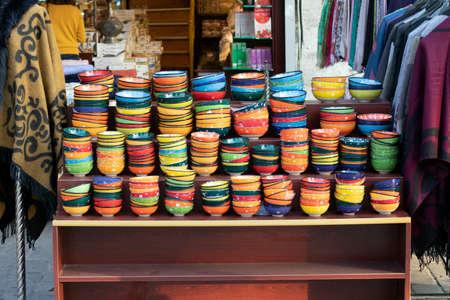 Classical Turkish ceramics on the Istanbul Grand Bazaar. Istambul, Turkey