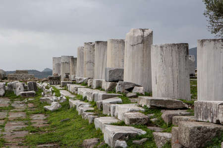 Pergamon Acient City Acropolis Historical Castle Column Imagens