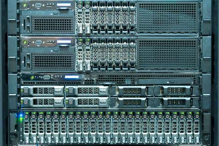 La tecnología de servidor de la computadora en el centro de datos