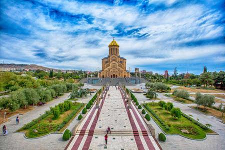 Kathedraal van de heilige drie-eenheid van Tbilisi, Georgië Redactioneel