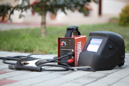 Inverter welding machine and mask.