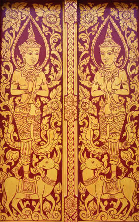 Ancient art pattern on the wooden door in Thai temple Stock Photo - 11242745