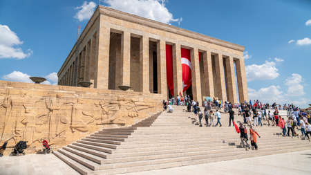 Ankara, Turkey - August 2019: People visiting Anitkabir Mausoleum of Turkish leader Ataturk in his grave to convey love and respect. Publikacyjne