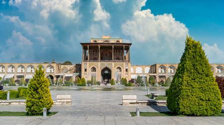 Isfahan, Iran - May 2019: Ali Qapu Palace on Naqsh-e Jahan Square Publikacyjne