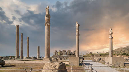 Persepolis, Iran - May 2019: Ruins of Persepolis, the capital of the Achaemenid Empire later destroyed by Alexander the great. Historical city of Persepolis during sunset in Shiraz, Iran Publikacyjne