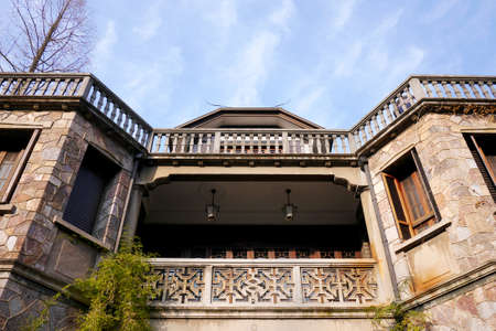 former: Former residence of Zhou Nie at Hangzhou