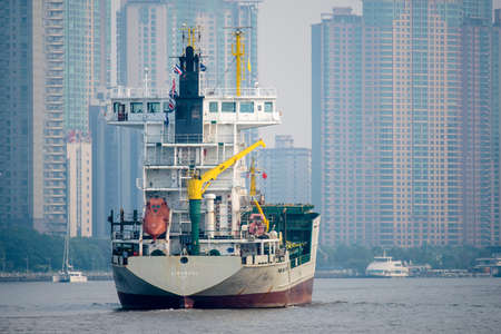 huangpu: Shanghai Huangpu vessel Editorial