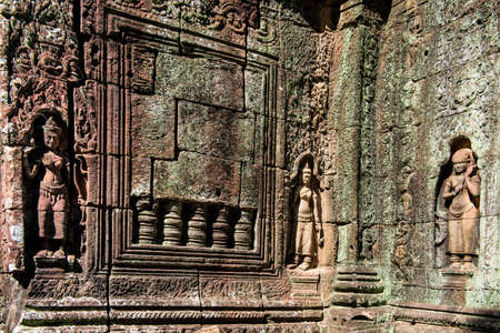 general cultural heritage: Cambodian General arsonval Temple reliefs