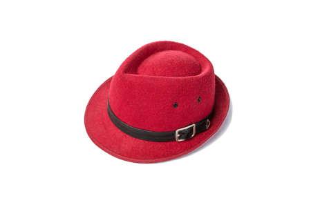 Le chapeau rouge vintage sur fond blanc