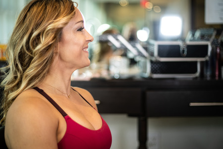 Young Gorgeous Woman Smiling At The Salon Imagens