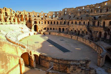 The impressive Roman amphitheater of El Jem, Tunisia Standard-Bild