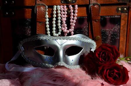 perle: Maschera di carnevale