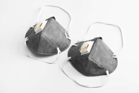Anti virus masks with breathing valve. Banque d'images
