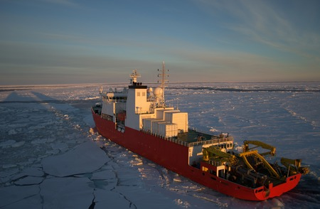 Icebreaker ship in the sea of Antarctic Stock Photo - 27965124