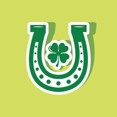 horseshoe with clover leaf Stockfoto - 106671427