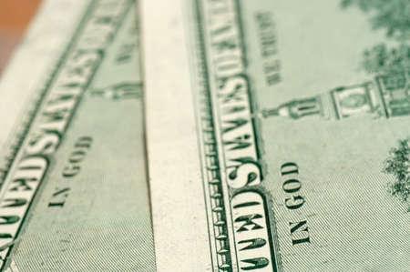 bijschrift: Bijschrift op de achterkant van de VS 100 dollar-bill