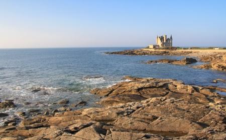 granit: Quiberon castle built on rocky shore of Wild coast, Brittany ,France